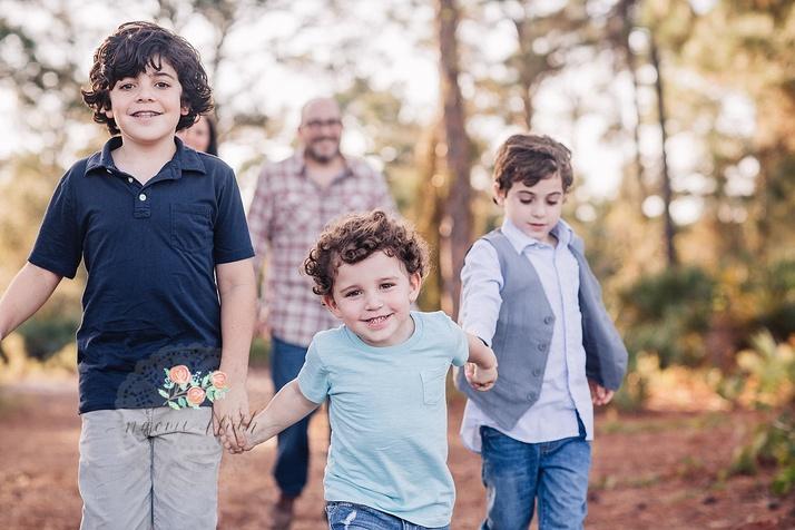 Boca Raton family portrait photographer