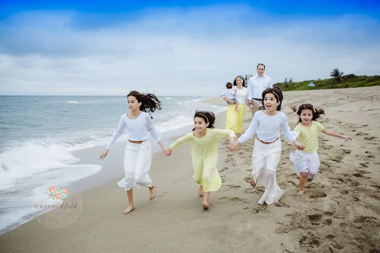 Boca Raton beach family photo shoot